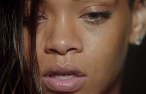 Rihanna Is Make-up Free In The Bath For Stay Music Video
