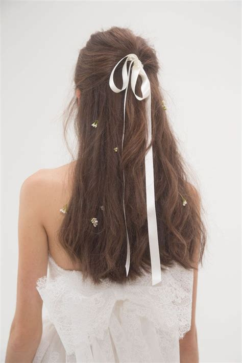 coiffure mariee tendance  coiffure simple  facile