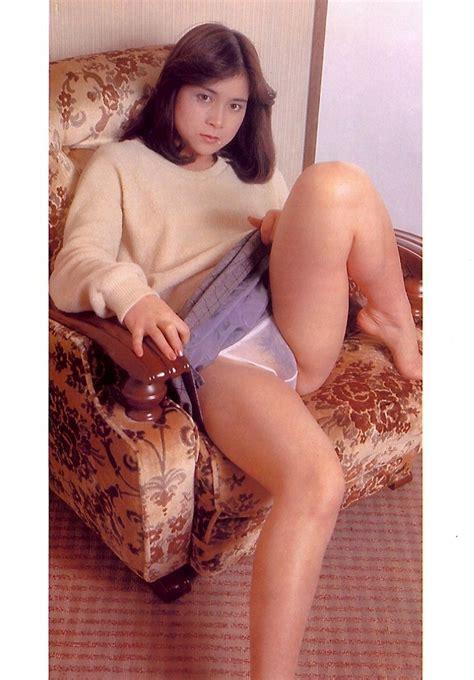 Rika Nishimura Nude Photobook Office Girls Wallpaper