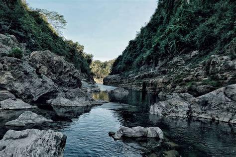 air terjun sri gethuk jogja mirip grand canyon arizona
