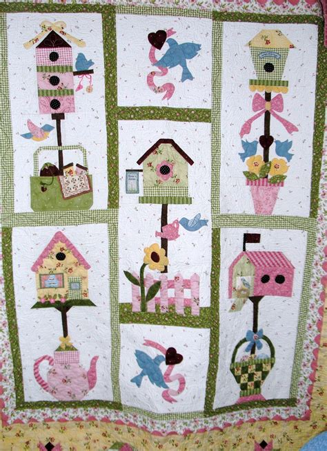 applique quilt pattern bird house quilt wall hangings house quilt patterns