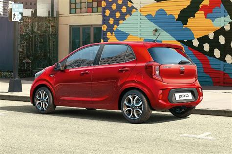 Derived from the french word 'piquant' and 'canto', the picanto's styling is one of the main reasons people buy them. Kia Picanto 2021: el urbano coreano se pone al día ...