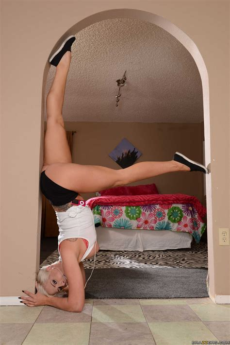 flexible blonde likes sex after workout photos dylan phoenix milf fox