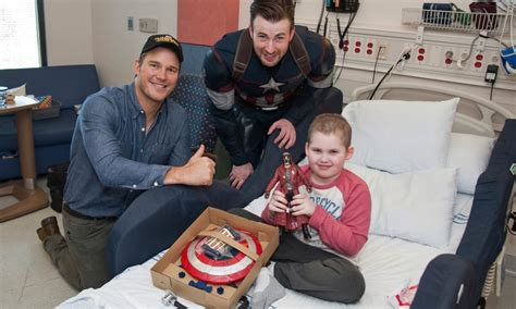 Chris Evans and Chris Pratt visit Seattle Children's ...