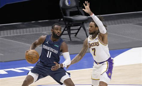 Doncic, Mavs stun Lakers with rally in Davis' 2nd game back