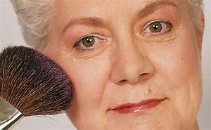 Make Up Für Reife Haut : reife haut schminken f r ltere damen schrittweise erkl rt schminken anleitung tipps motive ~ Frokenaadalensverden.com Haus und Dekorationen