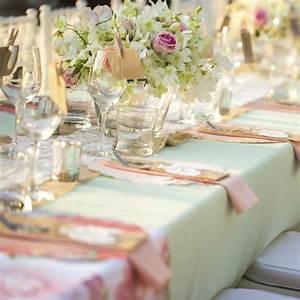 Trucs et astuces pour une decoration de mariage pas chere for Salle de bain design avec décoration église mariage pas cher