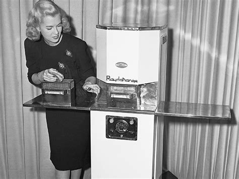 history   microwave oven