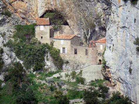 chambres d hotes pyrenees les gorges de galamus guide tourisme vacances