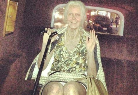 Halloween 2013 Heidi Klum Transforms Into Old Lady
