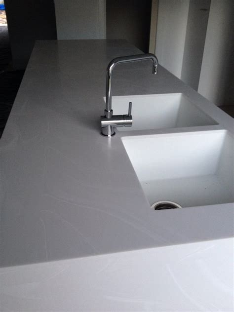 corian kitchen worktops 29 best images about dupont corian colours on