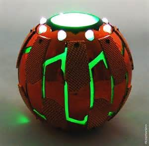 Spiderman Green Goblin Pumpkin Bomb by M E T A L Vs S K I N Quantum Containment Sphere Blaster