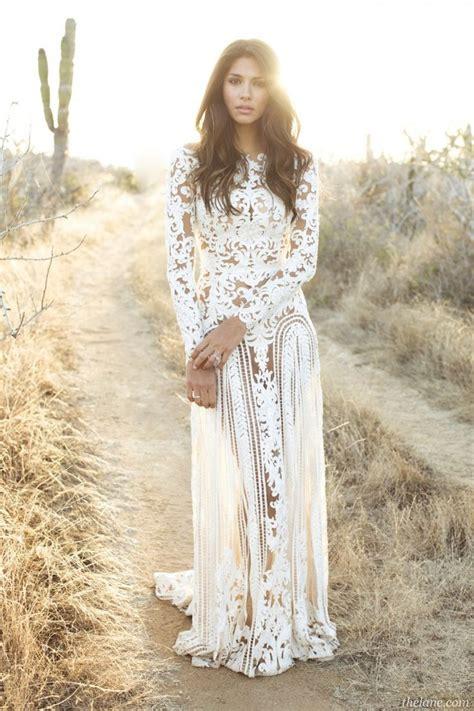 Brunette Hippieboho Gal W Waves In White Wedding Dress