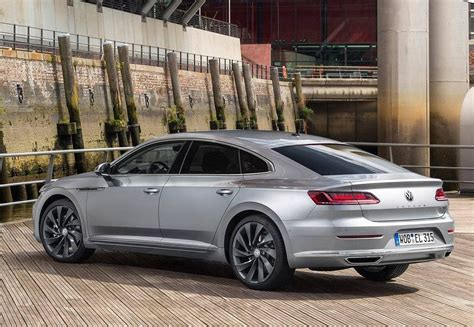 volkswagen arteon rear 2019 volkswagen arteon news update and resemblance cc