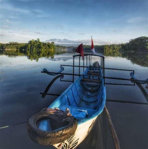 obyek wisata alam  gede tasikmalaya jabar