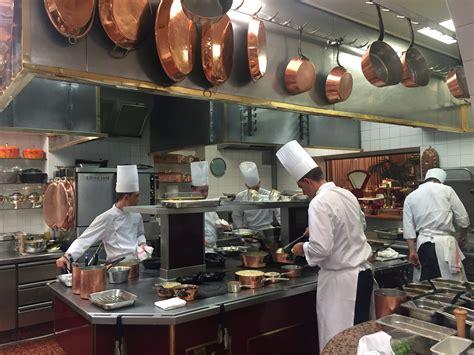 cuisine paul out restaurant paul bocuse in lyon chicken