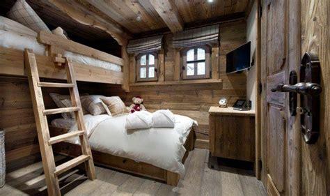 deco chambre chalet d 233 coration maison chalet de montagne et meuble en bois