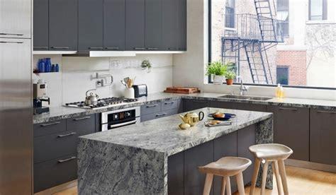 mod鑞e de plan de travail pour cuisine modele cuisine avec ilot bar maison design bahbe com