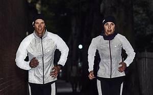 Comment Rester éveillé La Nuit : running courir de nuit la collection dhb reflective pour le running ~ Medecine-chirurgie-esthetiques.com Avis de Voitures