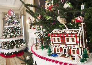 See the White House s 2016 Christmas Decorations s