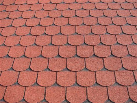 gartenhaus dachpappe schindeln verlegen bitumenschindeln verlegen 187 anleitung in 4 schritten
