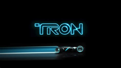 See One Dad's Hilariously Awful 'TRON'-inspired Prank on ...