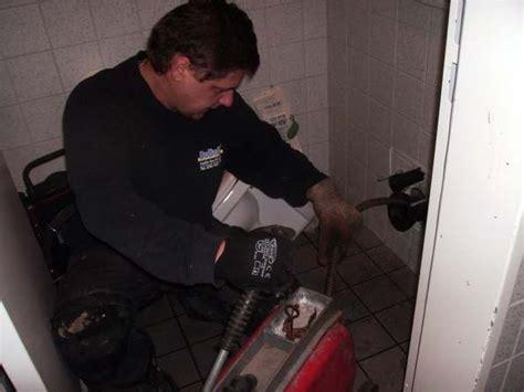 waschbecken läuft nicht ab abflussrohr verstopft in der wand abflussrohr verstopft der wand lieb vorstellung wasser aus