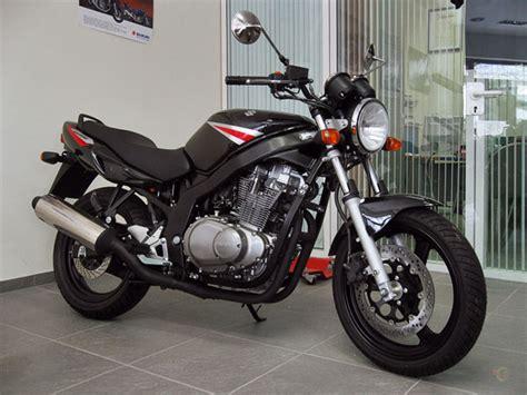 fast bikes  suzuki gs
