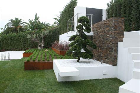 minimalismo japones en su escencia pura de jardines