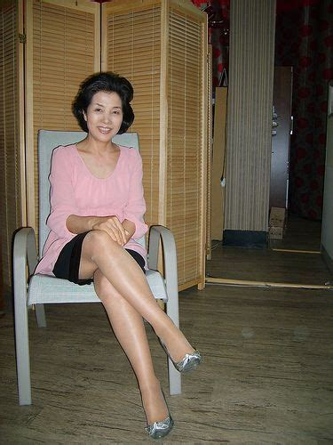 Pin On Mature Legs Beauties Showing Their Sensuous Bodies