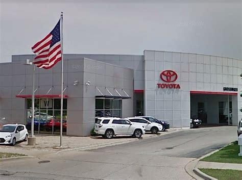 Grossinger Toyota Lincolnwood by Canadian Car Company Buys Grossinger Auto Of Chicago