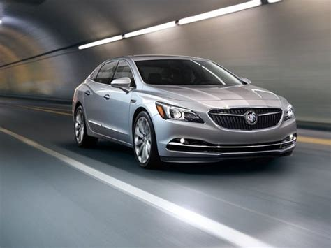Redesigned Buick Lacrosse Heading Dealers