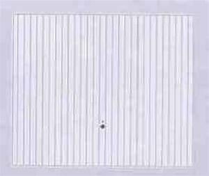 Volets fermetures portes de garage porte de garage for Porte de garage basculante pour fabricant porte entree bois