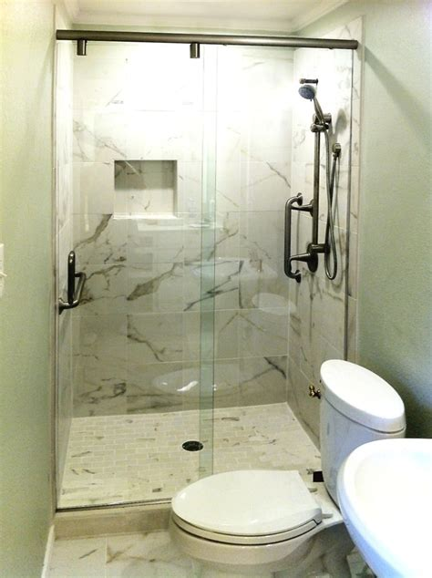 Hydroslide Shower Doors by Best 25 Sliding Shower Doors Ideas On Modern
