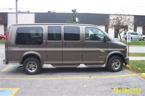 how cars run 2002 chevrolet express 2500 lane departure warning wcrugby 2002 chevrolet express 1500 cargo specs photos modification info at cardomain