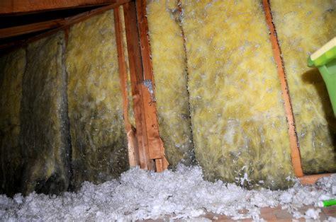 fiberglass insulation  black