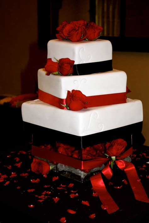 Red And Black Wedding Cakes Cakes Jessicabrent