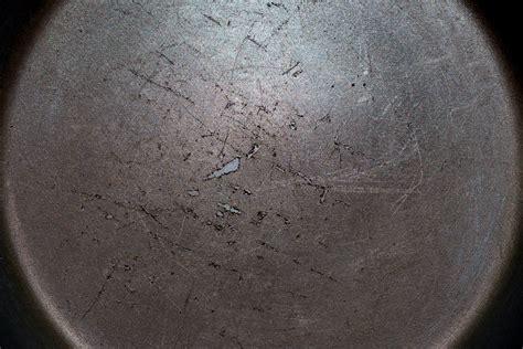 Beschichtete Pfanne Kratzer by Ist Teflon Giftig Alles Zu Den Gefahren Durch Ptfe