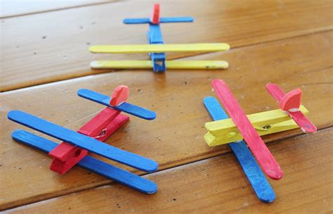7 best airplane crafts for preschoolers craft airplanes 544 | airplane crafts for prescho