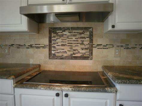 kitchen backsplash glass tile ideas