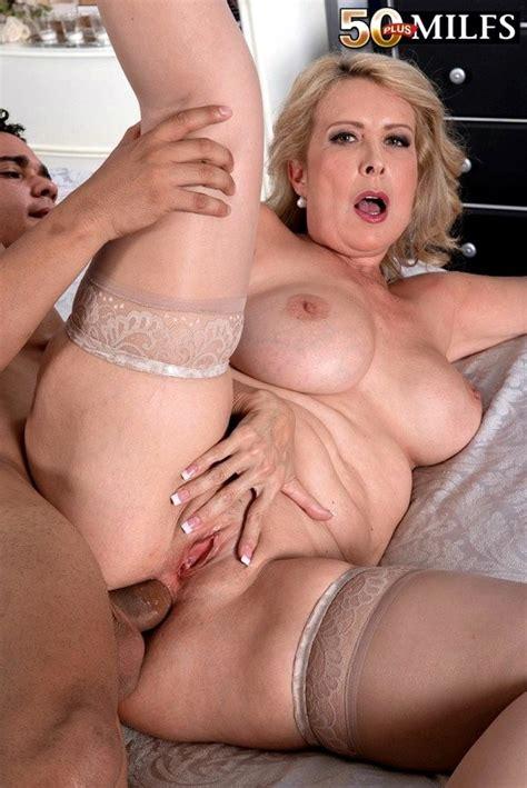 Sex Hd Mobile Pics 50 Plus Milfs Laura Layne Hd Milf Space