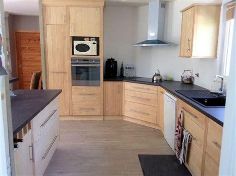 cuisine fabrication cuisine frêne massif fabrication meuble en bois