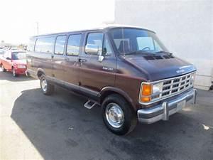 1992 Dodge B350 Base Extended Passenger Van 3-door 5 2l No Reserve
