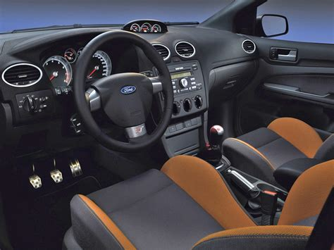 ford focus st  cars   worth waiting