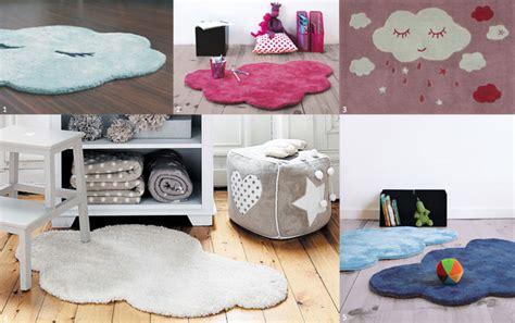 tapis pour chambre de b le tapis chambre bébé confort et déco au ras du sol