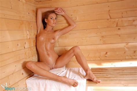 Teen Models Viki In The Sauna Girlznation Com