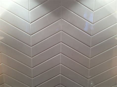 2x6 subway tiles in chevron pattern kitchens