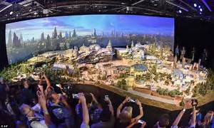 Disney Parks name Star Wars lands Galaxy's Edge | Daily ...