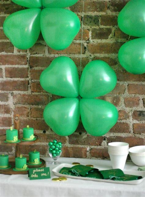shamrock balloons st patricks day decorations st