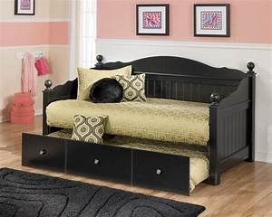 Ashley Furniture Jaidyn Black Day Bed With Trundle Panel